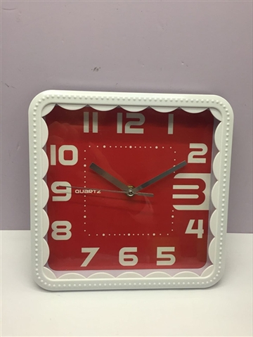 6 SQUARE DIGITAL CLOCKS - CY263803