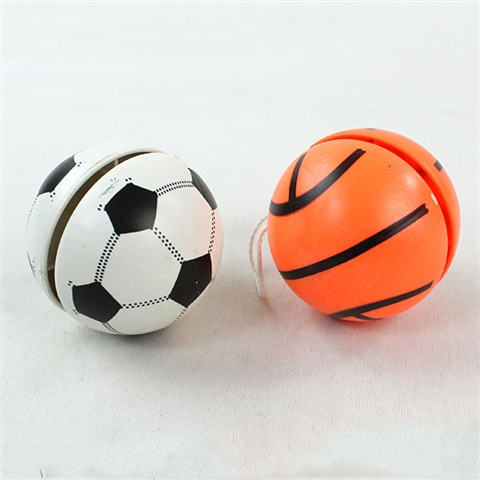 BASKETBALL, FOOTBALL, YO-YO - CY333933
